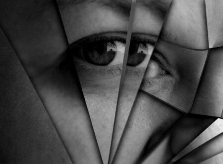 Intrappolatati da una maschera